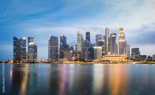 Foto op Aluminium New York Singapore skyline cityscape at twilight at Marina Bay