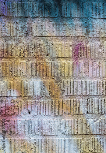 Papiers peints Graffiti close up on spray painted brick wall background