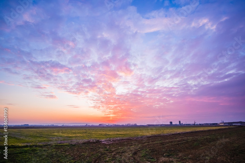Poster Stunning sunrise in the country