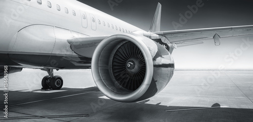 turbina-samolotu-pasazerskiego