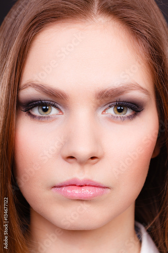 Billede Glamorous woman with elegant eyes make up.