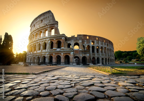 Poster Colosseum and yellow sky