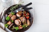 Schweinefilet in speckmantel (gourmet gericht) - 134769923