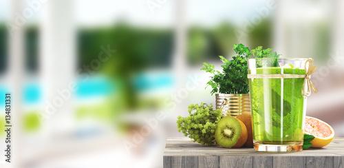 Estratto di frutta e verdura verde salutare