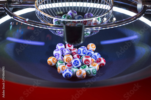 Foto op Aluminium Las Vegas Colourful lottery balls in a machine