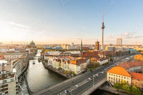 Foto op Plexiglas Berlijn Berlin aerial view at sunset