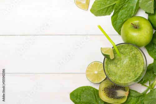 Foto op Plexiglas Sap Detox concept. Glass jar of fresh drink green smoothie, spinach