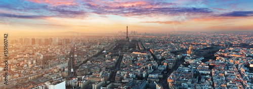 Wall mural Paris skyline - panorama