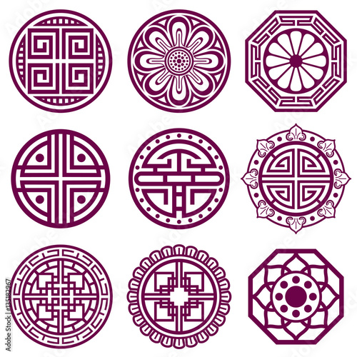 Korean ornament, asian traditional vector symbols, bathroom pattern © MicroOne