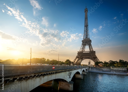 Poster Eiffel Tower and Bridge