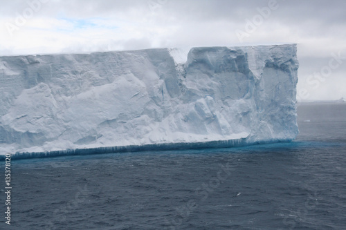 Plexiglas Antarctica Tabular iceberg in Antarctic Sea