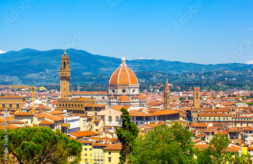 Papiers peints Florence Beautiful type of Cathedral of Santa Maria del Fiore from Michelangelo's hill in summer day, Florence, Italy