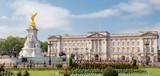 Buckingham Palace et mémorial Reine Victoria - 135571309