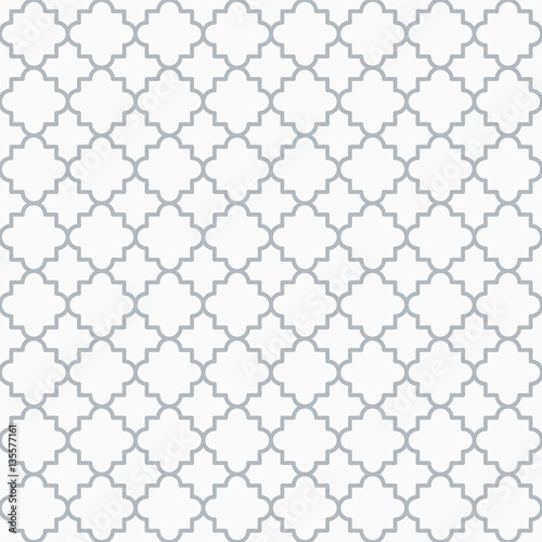Traditional quatrefoil lattice pattern outline - 135577161