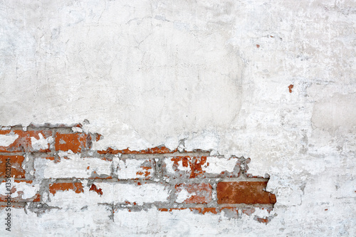 vintage-white-red-brick-wall-with-peeled-plaster