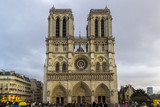 Prospetto di Notre Dame a Parigi