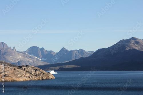 Papiers peints Nature De ongerepte bergen van Groenland