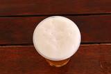 в стакане пиво