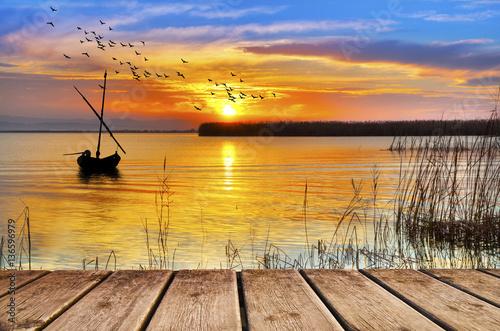 Foto op Canvas Honing amanece un dia de colores en el lago