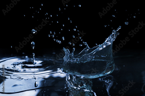 Splash on the water surface - 136610126