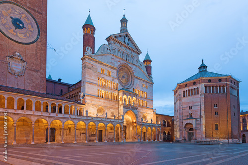 Poster Cremona - The cathedral Assumption of the Blessed Virgin Mary and the Baptistery at dusk