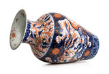 antico vaso cinese su fondo bianco