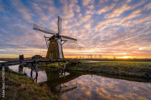 Plakat Windmill Sunrise