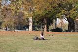 Studente al parco