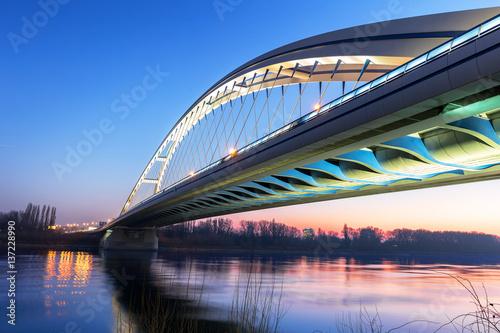Poster Apollo Bridge in Bratislava at night, Slovakia