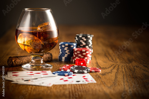 Plakat Cigar, chips for gamblings, drink and playing cards