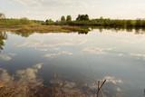рыбалка с удочкой на реке