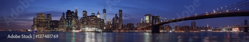 Foto op Aluminium New York New York city skyline with Brooklyn bridge panorama at dusk, natural colors