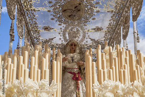 Virgen de la hermandad de la Paz, semana santa de Sevilla