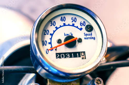 Foto op Canvas Scooter old scooter speedometer, chrome, high mileage, travel concept