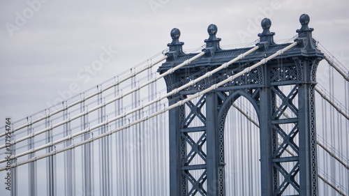 Detail view of the Manhattan Bridge - 137954764