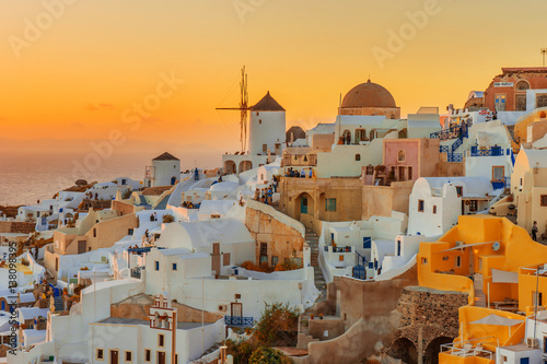 Fototapety, obrazy : Beautiful sunset in Oia, Santorini Island,  Greece
