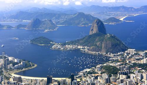 Foto op Plexiglas Rio de Janeiro RIO DE JANEIRO, BRAZIL - APRIL 6, 2011: Panoramic view of Rio de Janeiro City from Corcovado hill.