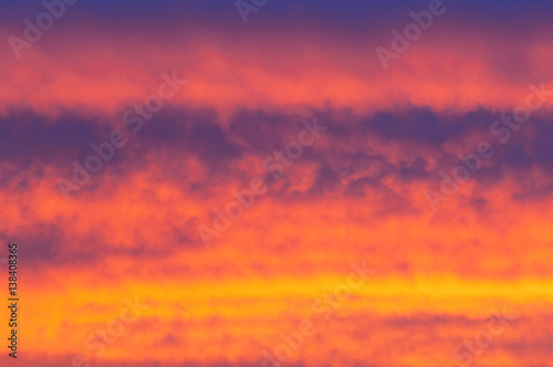 Foto op Aluminium Crimson Sunrises sunsets, colorful sky, bright yellow cloud