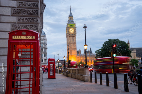 Fotobehang Londen Big BenBig Ben and Westminster abbey in London, England