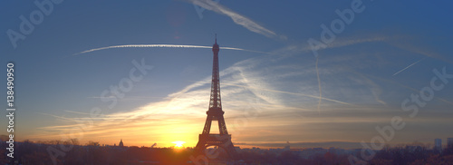 Beautiful early morning at Eiffel Tower, Paris - 138490950