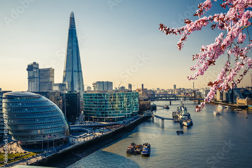 Fotobehang London Aerial view on thames and london city at spring