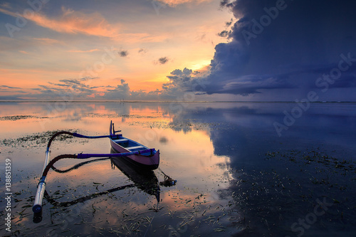 Poster TRADITIONAL BOAT IN SANUR BEACH - INDONESIA