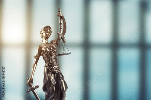 Poster Justice Statue