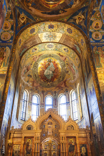 In de dag Barcelona The interior of the Church of the Savior on Blood in Saint-Petersburg, Russia