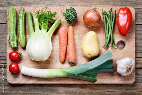 Stampa su Tela Vegetables collection and cutting board: zucchini, fennel, broccoli