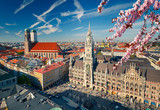 Aerial view of Munchen at spring: Marienplatz, New Town Hall and Frauenkirche - 139457555