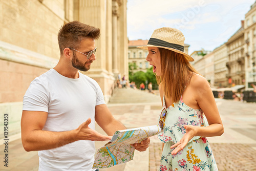 Young tourist couple