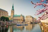 Hamburg townhall and Alster river at spring - 139948950
