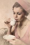 Vintage twenties woman - 139960343