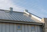 Zinkblechverkleidung eines Daches - 140110733
